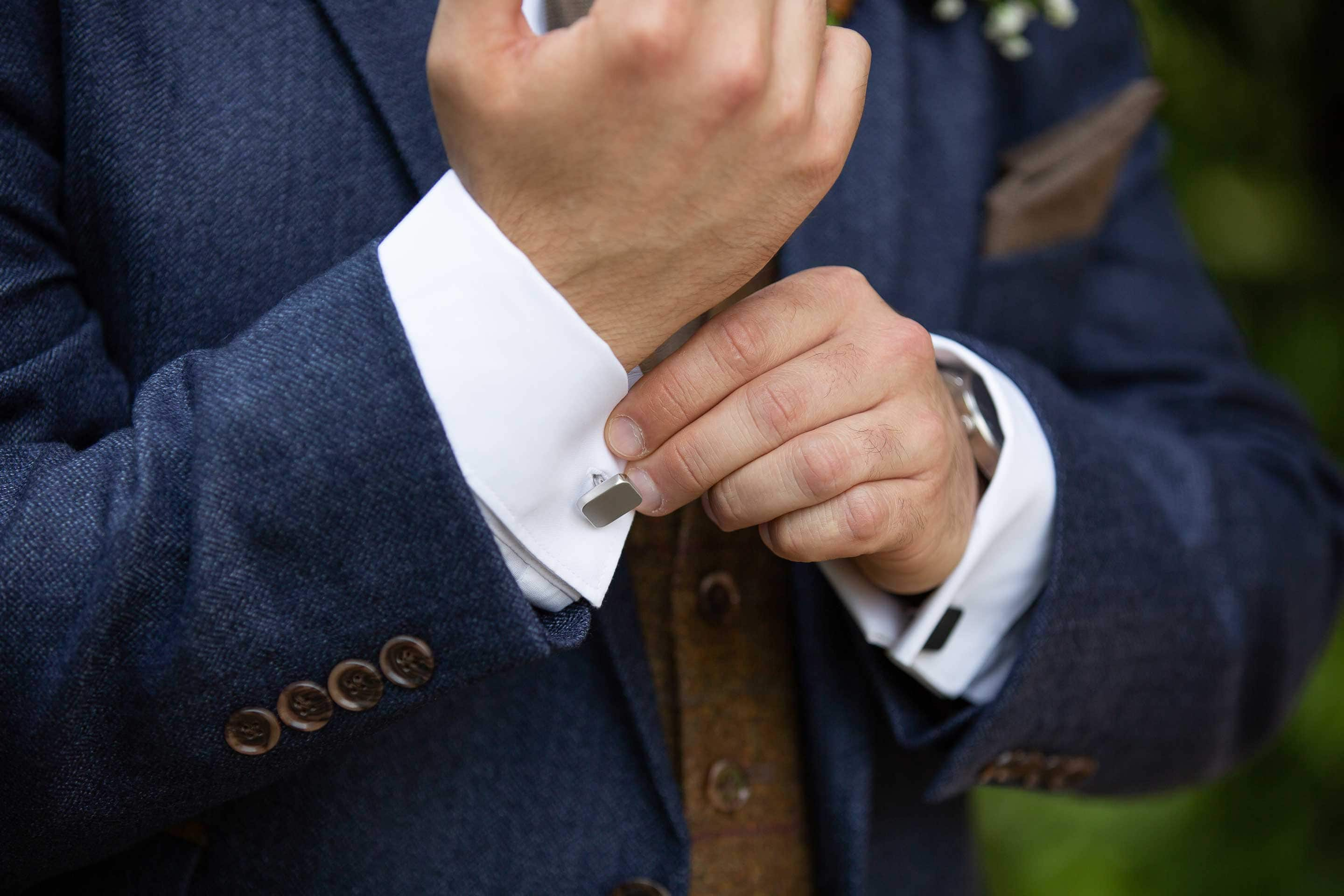 photo of grooms cuff links