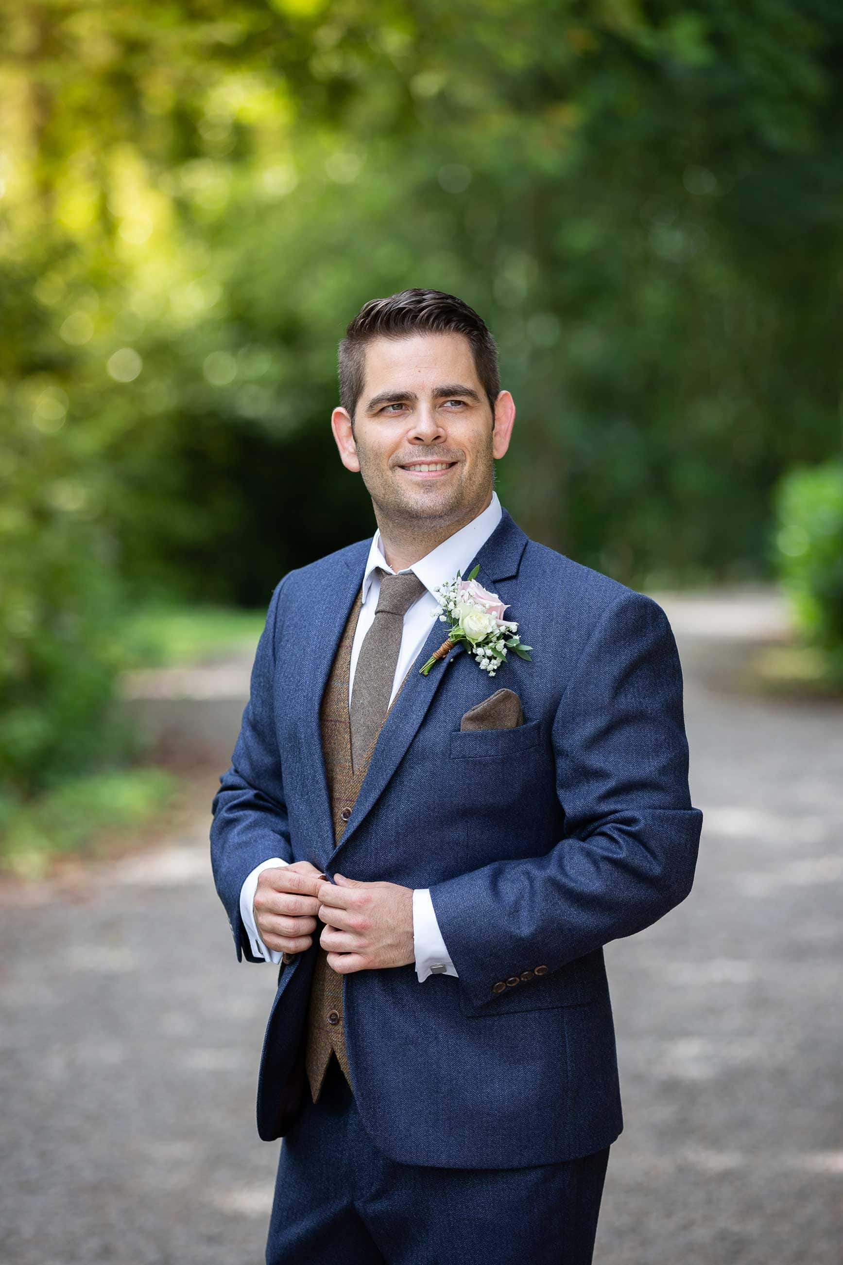 Groom photo at Ellingham hall