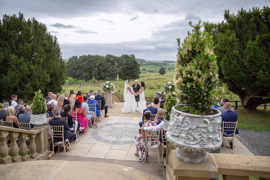 Couple getting married at Woodhill Hall